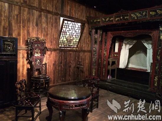 中南情趣民族民族学博物馆:三滴水床再现民俗haomai123之家大学图片