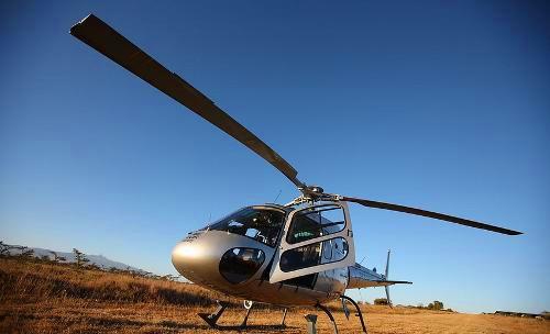 家长开直升机到校